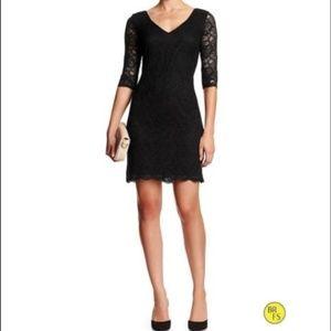Banana Republic Lace 3/4 Sleeve Dress